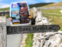 Minibus sightseeing tour Yorkshire